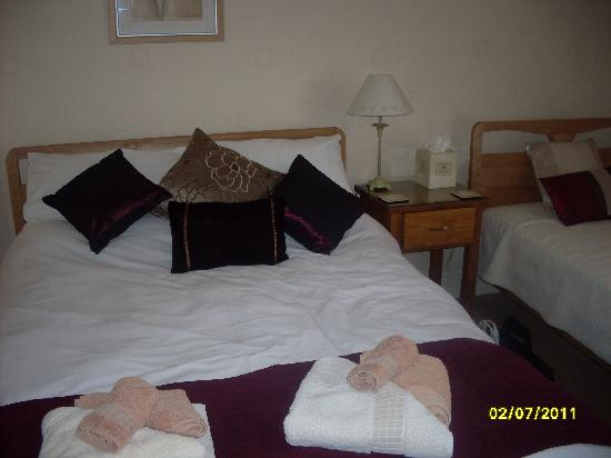 Seafield Guest House: Beds