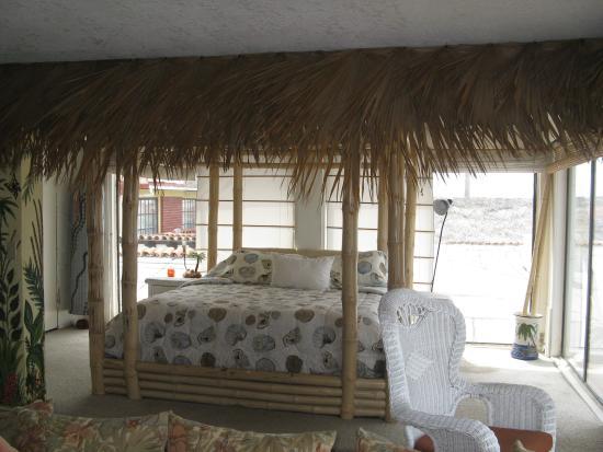 Poco Cielo: Bedroom