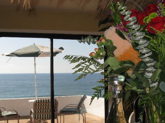 Poco Cielo: Ocean view
