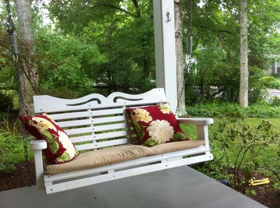 502 South Main: Front Porch Swing