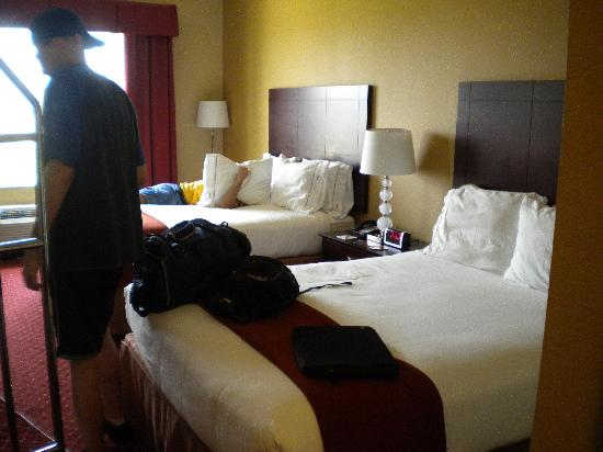 Holiday Inn Express Hotel & Suites Orlando South-Davenport: our room