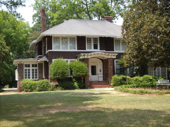 The Scott and Zelda Fitzgerald Museum: The house
