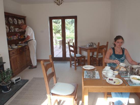 Tamarisk B&B: lovely spacious breakfast room