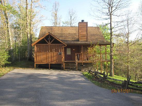 Country Pines Log Home Resort: Tenesse Dream