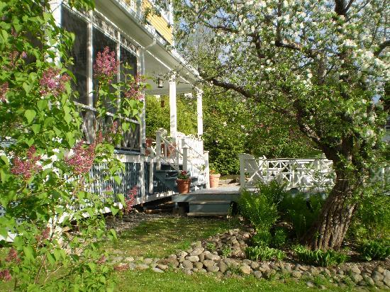 A La Cornemuse: Gîte entouré de pommiers centenaires