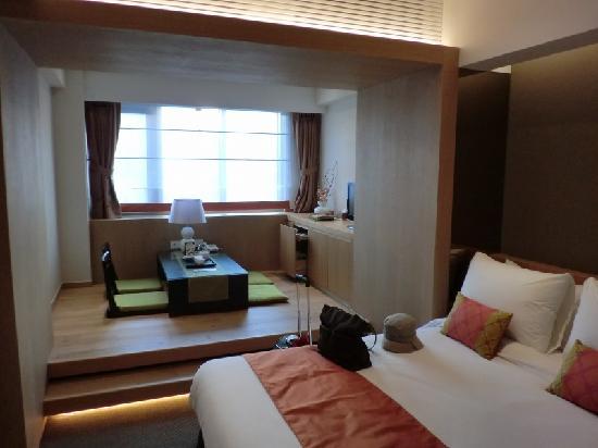 Hotel PJ Myeongdong: プレミアツインの部屋。ベットも広いです。