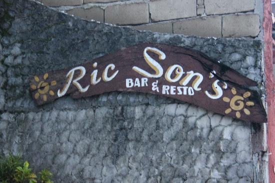 Ric Sons Bar and Restaurant