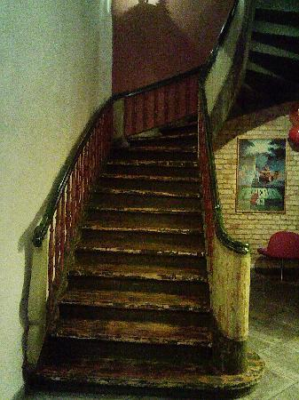 Hotel Justus: stairs in the hotel (there are also lifts)
