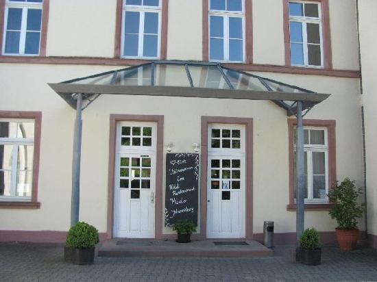 Kloster Johannisberg: entrance former monastery