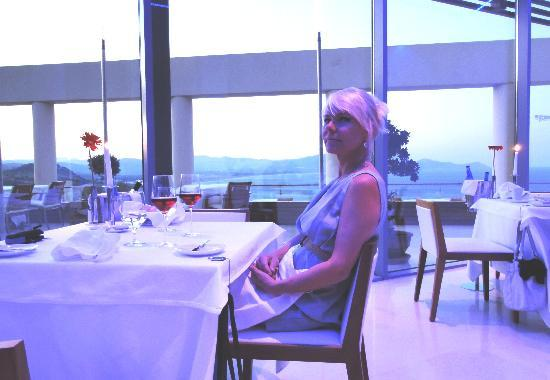 Lindos Mare Hotel: Wife´s 50th birthday anniversary dinner at Lindos Blu Five Senses restaurant