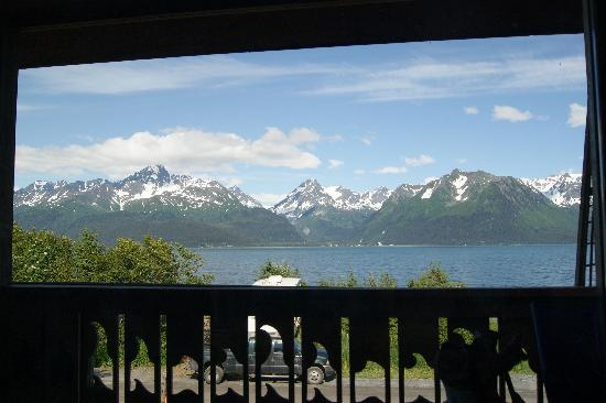 Alaska Paddle Inn: View from the High Tide room