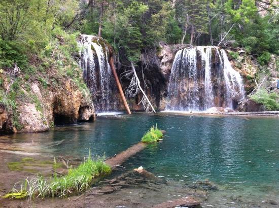 Hanging Lake Trail : hanging lake