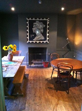 Belvidere Place: the Belvidere's warm & funky breakfast room