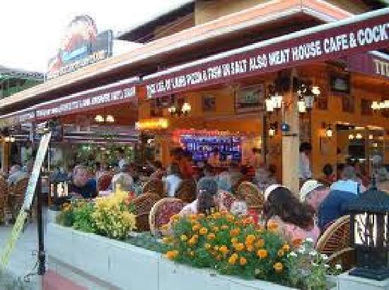 Titanic Restaurant Steakhouse: relaxing atmosphere