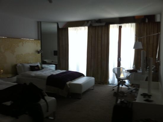 W St. Petersburg: room w 2 queen beds