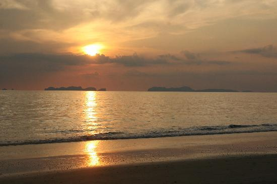 Banana Garden Home: The perfect Ko Lanta sunset!