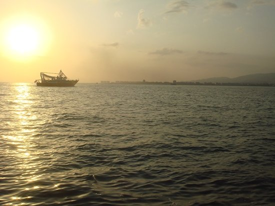 Izmir, Turkey: Sunset and election boat!