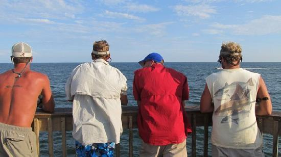 Gulf Shores, AL: Fishing on Gulf State Park Pier, June 27, 2011