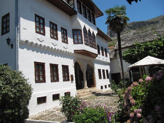 Bosnian National Monument Muslibegovic House Hotel: Outside Photo