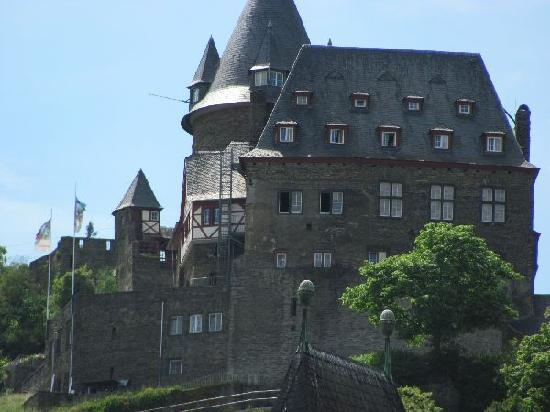 Burg Stahleck: on a hill