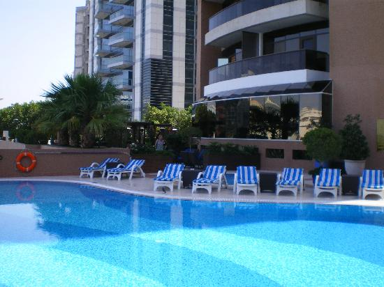 Majestic Hotel Tower: Swimming Pool