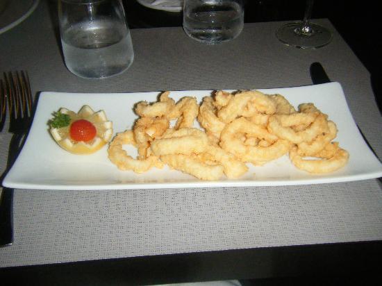 Bahia de Pollensa Aparthotel: Stay restaurant calamari