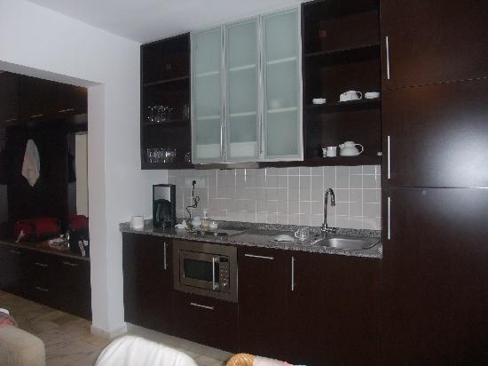 Loryma Resort: kitchen area