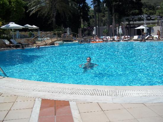 Rodos Palace: pool area
