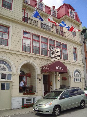 Hotel Terrasse Dufferin: devant de l hotel