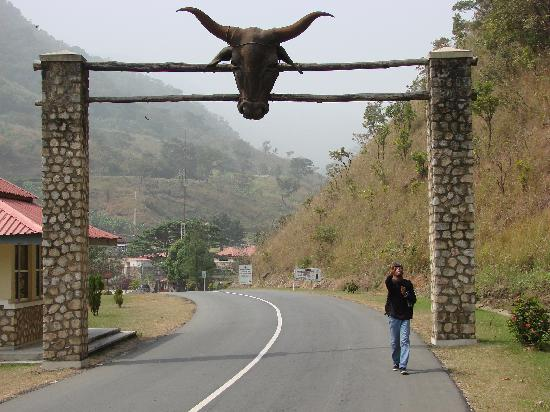 Obudu Mountain Resort: Entrance to the Ranch