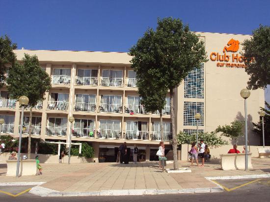 Hotel Club Sur Menorca: Front of Hotel