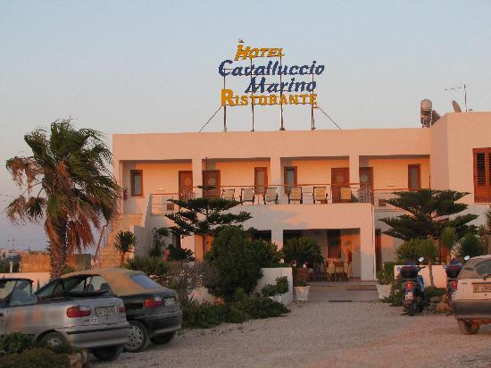 Hotel Cavalluccio Marino : Prima del tramonto....