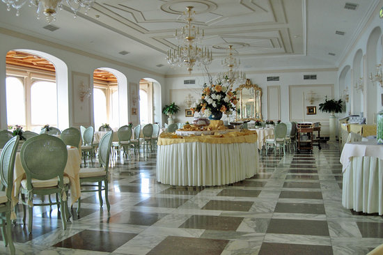 Grand Hotel Ambasciatori: Dining Room Part 79