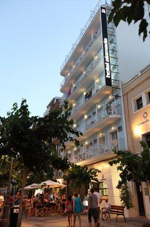 Hotel Alameda: Fachada a la Alameda
