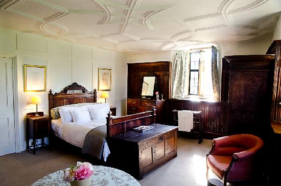 Higher Melcombe Manor: The panelled room