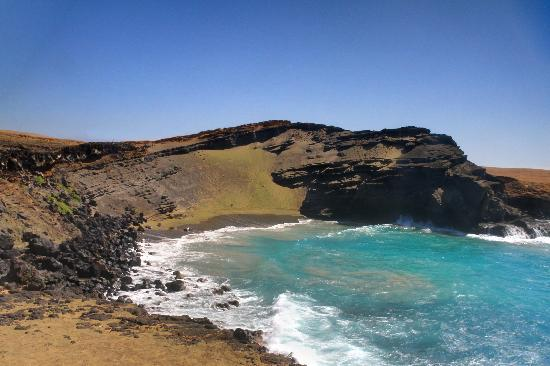 Kalaekilohana: Green Sand Beach f s-west rim