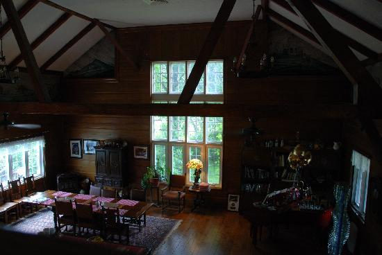 The Storm King Lodge: View of the great room