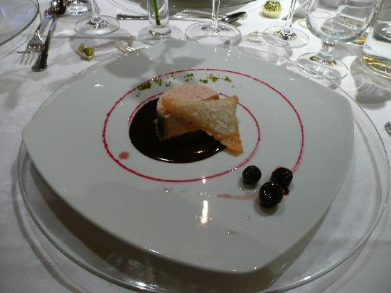 Romantic & Family Hotel Gardenia: Una portata del ristorante