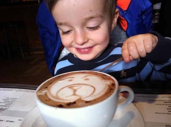 Jonesys Restaurant and bar: hot chocolate