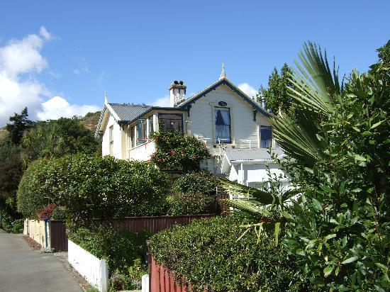 Baywick Inn from street