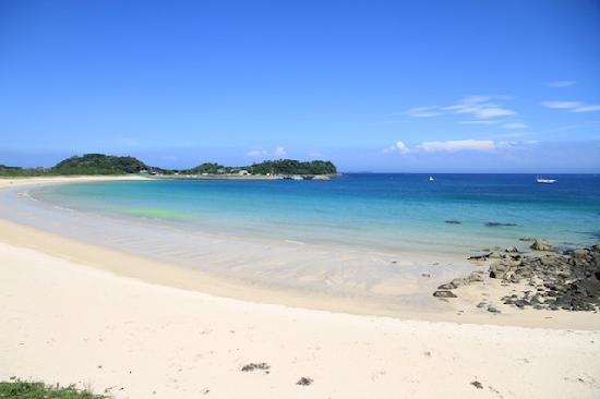 Tsutsukihama Beach: 壱岐筒城浜全景2