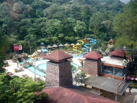 seruni hotel | The Fountains Hotel