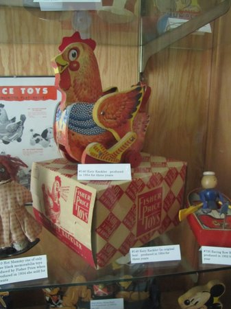Children's Toy & Doll Museum
