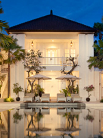 The colony hotel bali seminyak indonesien omd men och for The one hotel bali