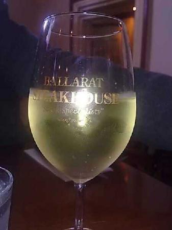 Squires Loft Ballarat: Local Moscato (very low alcohol)