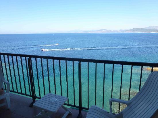 Hotel Restaurant La Pietra : vue + balcon