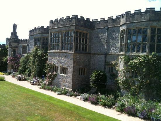 Haddon Hall: House