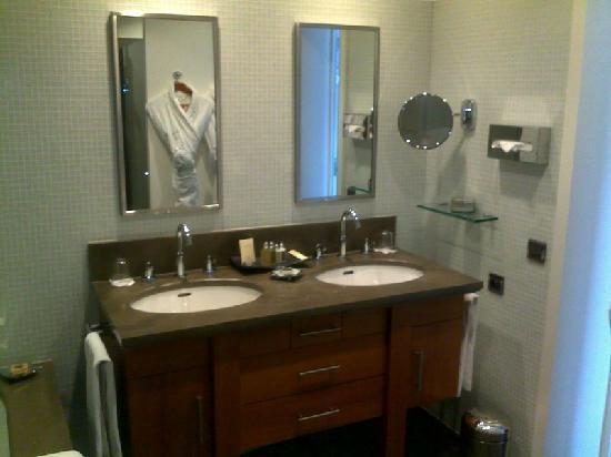 Hotel Casadelmar : salle de bain
