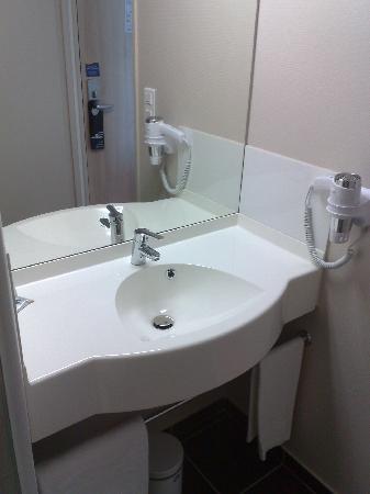 Ace Hotel Bourges : salle de bains