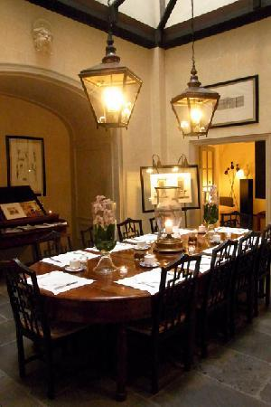 JK Place Firenze: beautiful dining room.